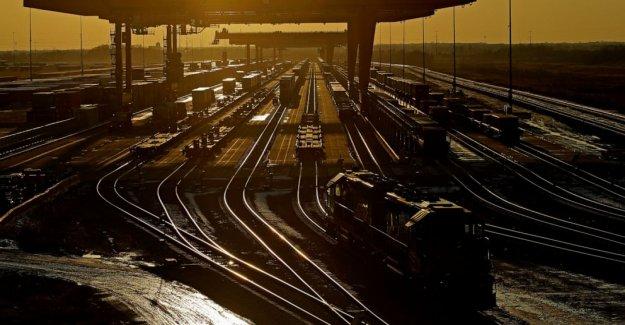 Los reguladores decir ferrocarril de habla pueden ser incluidos en los juicios