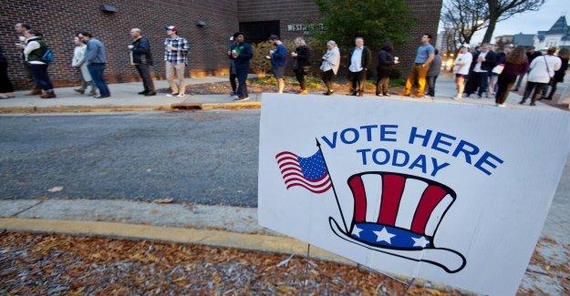 Los republicanos acusan a Maine oficial de confiar en tecnicismos que tirar de votantes de las firmas de la petición