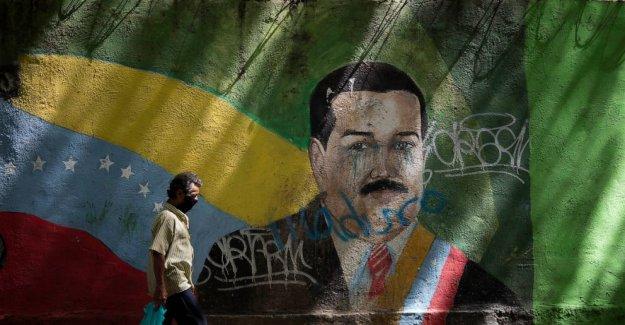 Maduro en Venezuela aprieta como coronavirus sobretensiones