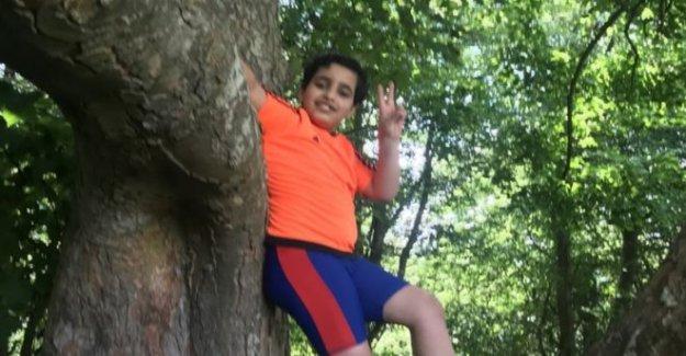 Mamá dice de frenética río de búsqueda para el hijo, de 10