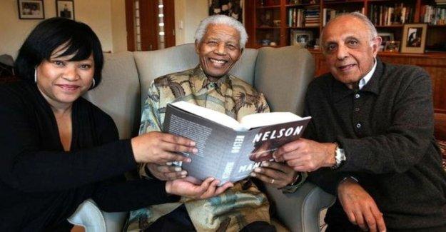 Mandela familia alabado para la lucha contra la Covid estigma