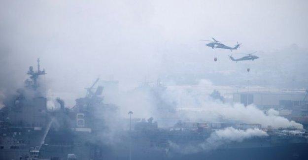 Marina investiga masiva de cuatro días, el buque de guerra de blaze