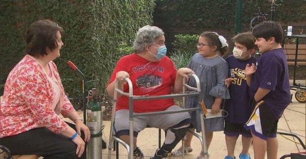 Médico de urgencias que sobrevivieron COVID-19 reúne con su familia después de 3 meses de batalla