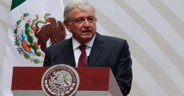 México el presidente feliz como la atención se desplaza a los predecesores