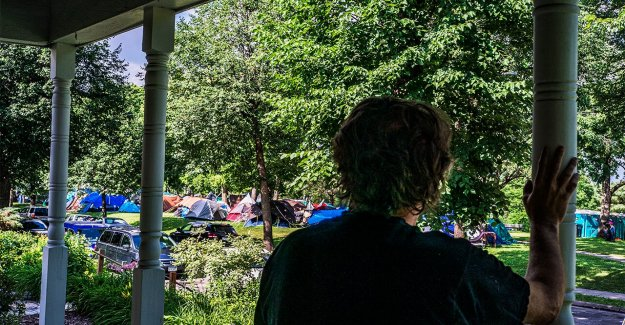 Minnesota campamento de sin techo: la Delincuencia aumenta en Powderhorn Parque