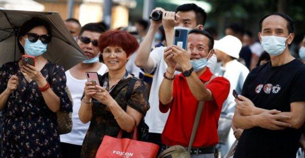 NOS deja Chengdu consulado en medio de la fila con China
