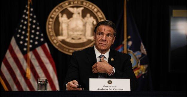 NY hospitales enviado unos 6.300 coronavirus que los pacientes de hogares de ancianos, dicen los funcionarios, como Cuomo intenta desviar