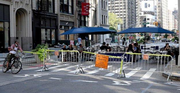 NYC miembro del consejo de la empuja a hacer de comedor al aire libre, otro restaurante de alivio permanente