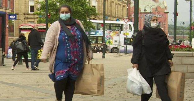 Oldham residentes de reaccionar a los nuevos Covid-19 medidas
