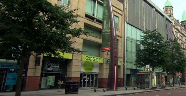 Personal en Eason dijo NI tiendas no se vuelve a abrir