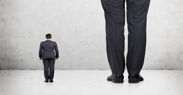 Personas más altas tienen un mayor riesgo de contraer COVID-19, dice encuesta
