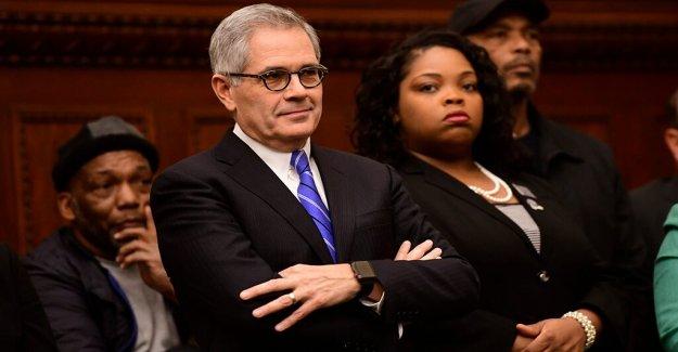 Philly DA advierte que los funcionarios federales podría ser detenido en caso de que la tormenta de protestas de Pennsylvania