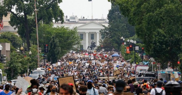Poca evidencia de que las protestas se extendieron coronavirus en NOSOTROS