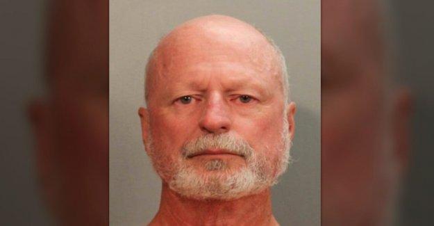 Se retiró de Jacksonville detective detenido en frío caso de asesinato que tuvo lugar mientras él estaba en vigor