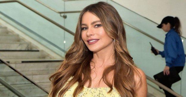 Sofía Vergara rompe en America's Got Talent', como ella recuerda a su hermano asesinato en 1998