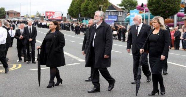 Stormont movimiento para llamar para el SF funeral disculpa'