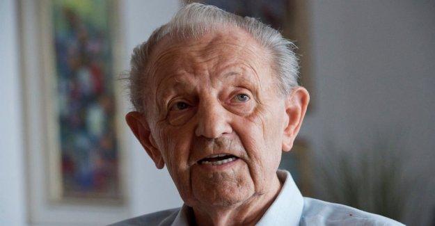 Última comunista Checoslovaco líder Milous Jakes muere a los 97