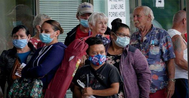30 millones de Estadounidenses de perder $600 semanal de beneficio medio de COVID-19 pandemia