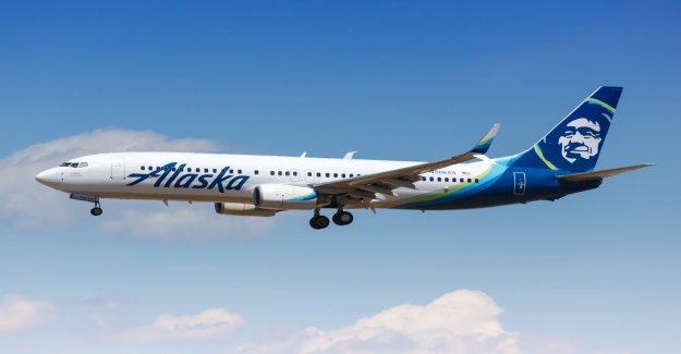 Alaska Airlines ya no hacer la máscara de la cara de las exenciones, la prohibición de los pasajeros que se nieguen