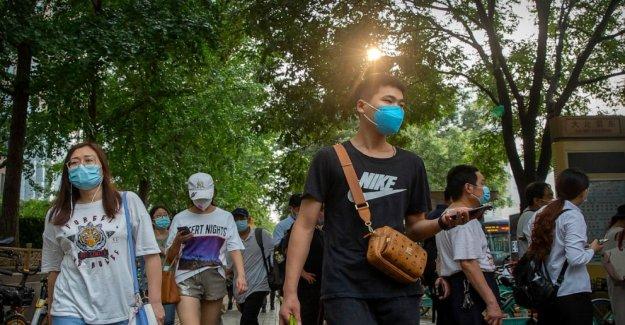 Asia Hoy: SKorea arrestos líder de la iglesia con gran clúster