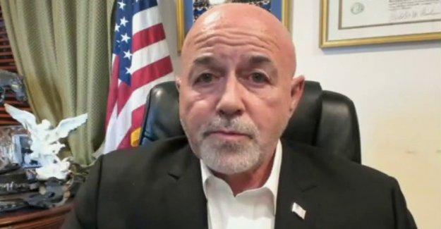 Bernie Kerik explosiones Alcalde de nueva york bill de Blasio: las Personas se están moviendo hacia fuera, porque tienen miedo a la muerte'