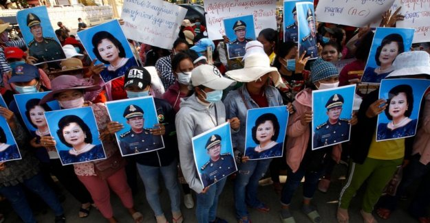Camboya el líder de los trabajadores detenidos políticos comentarios