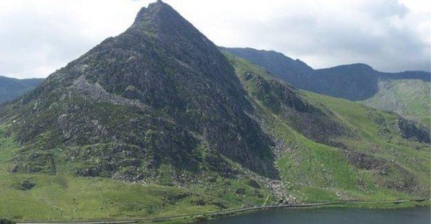 'Cansado' ataque de pánico walker trasladado fuera de la montaña