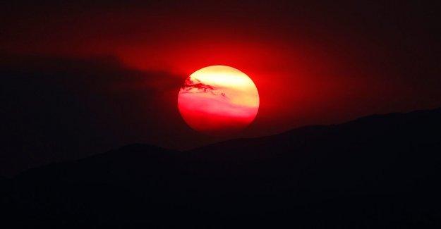 Casi 60 millones de Estadounidenses bajo el calor de avisos como el clima caliente se construye para el Suroeste, Llanuras