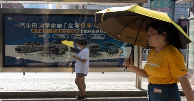 China auto subida de las ventas en julio, el mercado recupera impulso