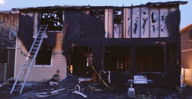 Cinco muertos en Denver casa de incendios, investigación de incendios premeditados en marcha