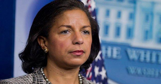 Como el potencial de veep, Susan Rice, y el marido de intensificar las contribuciones a Biden campaña