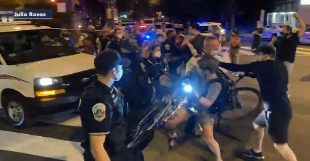 DC policía: 41 manifestantes que participan en 'los disturbios conductas' detenido
