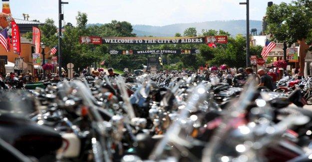 Dakota del sur Sturgis Motorcycle Rally esperando a dibujar 250K, en medio de preocupaciones coronavirus