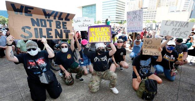 Dallas se apaga a los Jóvenes Americanos para la Libertad, sino que permite a las protestas, el grupo dice