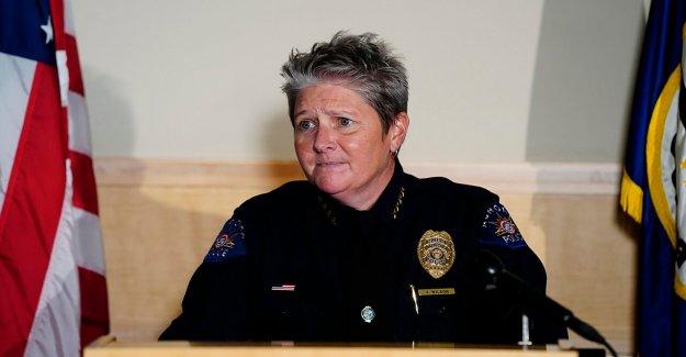 De policía de Aurora disculpas después de dibujar armas de fuego, atar las manos de la familia Negra en el robo de autos mix-up