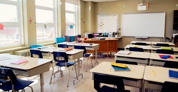 Distrito de Illinois incluye a los estudiantes de color en los grupos en la primera oportunidad en la en-persona de aprendizaje: informe