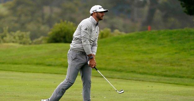 Dustin Johnson se desprende de un pack para llevar Campeonato de la PGA