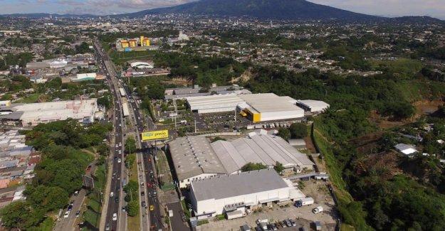 El Salvador estancamiento político de arrastre en respuesta a la pandemia