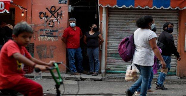 El escepticismo, miedo a la ayuda de combustible virus en las afueras de la Ciudad de México
