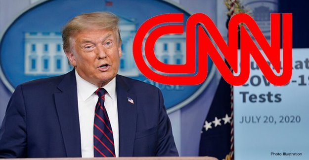 El ex ejecutivo de CNN dice que la red de la pertinencia está ligada a la de Donald Trump' a pesar del resultado de la elección