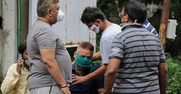 El fuego mata a 8 coronavirus de los pacientes en el hospital de la India