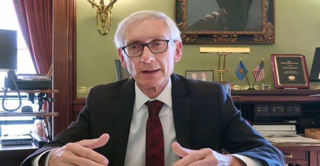 El gobernador de Wisconsin órdenes de máscaras de todo el estado en medio de una oleada de virus