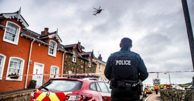 El hombre rescatado después de que el coche entra en Strangford puerto