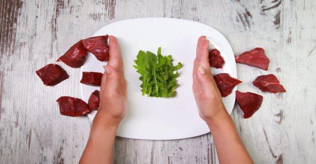 El intercambio de carne roja de proteína vegetal puede reducir algunos de los riesgos cardiovasculares, el estudio encuentra