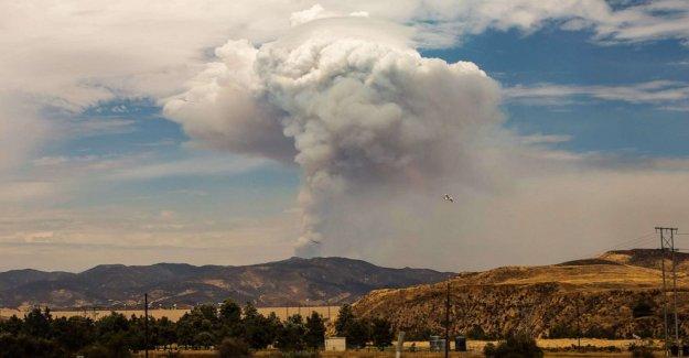 El lago de Fuego quema 11,000 acres con condiciones de peligro por adelantado