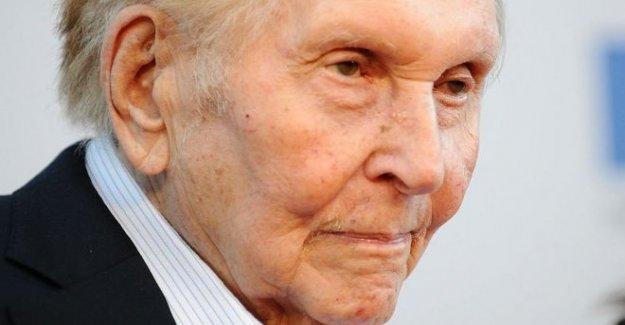 El magnate de los medios de Sumner Redstone muere edad de 97