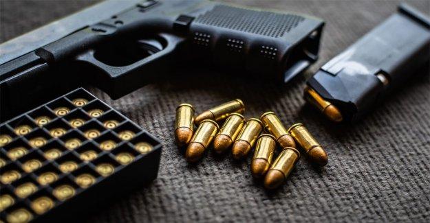 En medio de aumento en el primer tiempo de los compradores de armas, los expertos destacan la seguridad y la capacitación