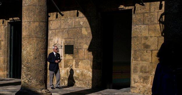 Eusebio Leal, quien supervisó la renovación de la Habana Vieja, fallece a los 77 años