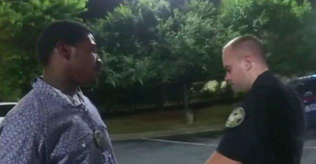 Ex-Atlanta cop acusado de matar a Rayshard Brooks demanda de la ciudad, el alcalde durante la cocción