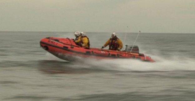 Falta nadador es trasladado en helicóptero al hospital